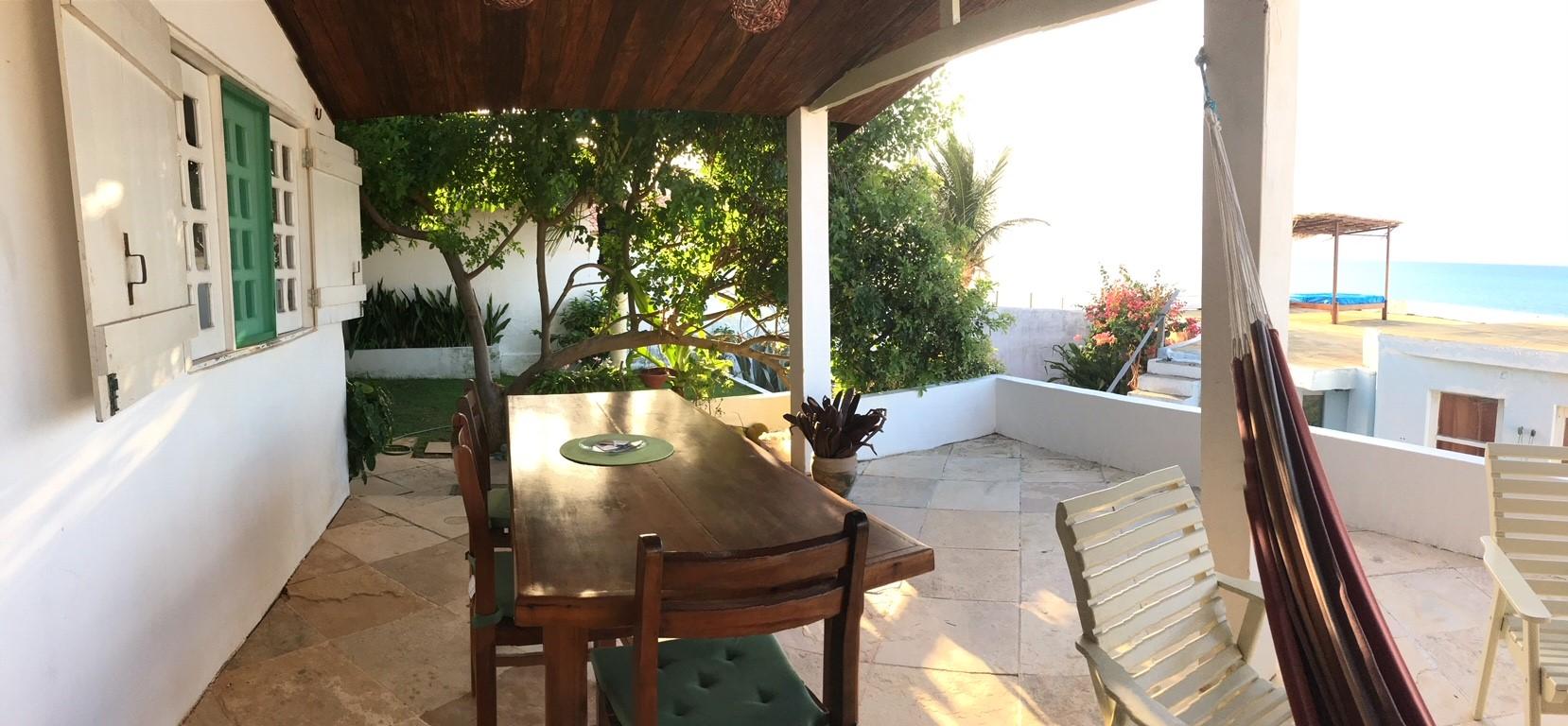 beach bungalow_veranda_casa Malou Mar