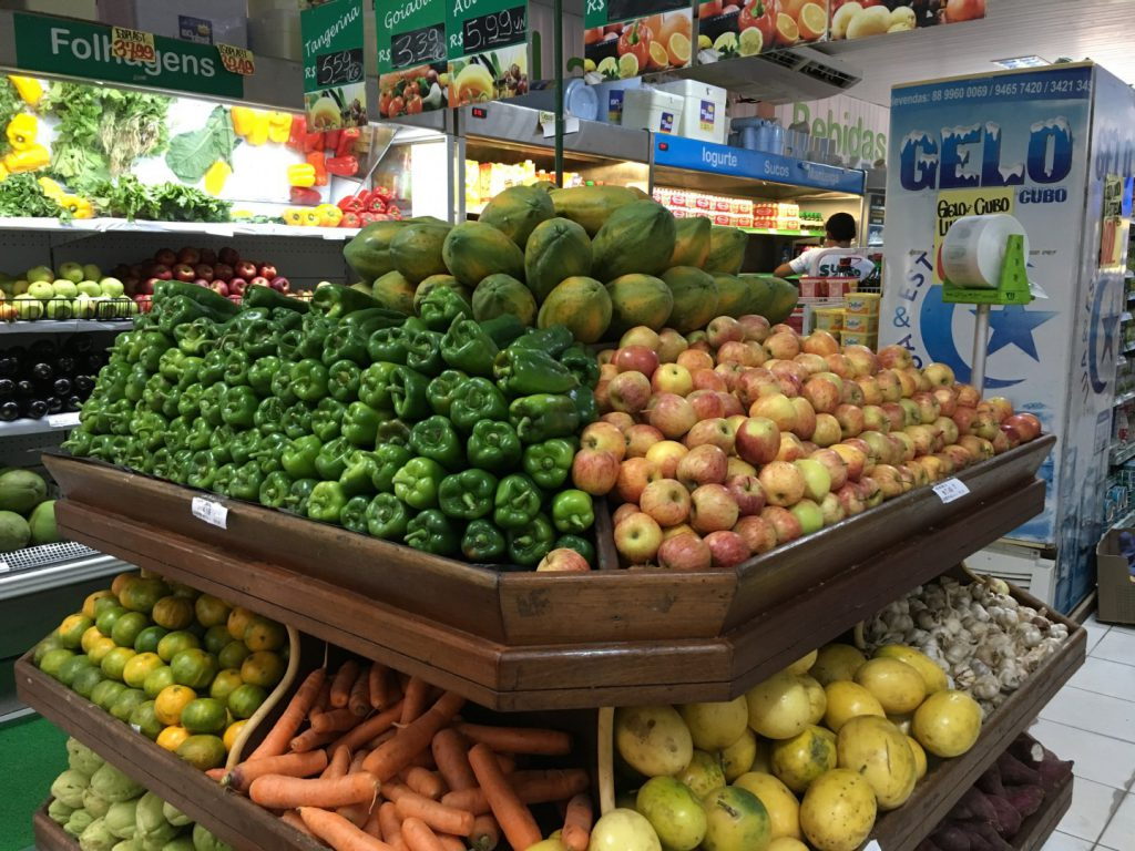 Canoa Quebrada_supermercado_casa malou mar